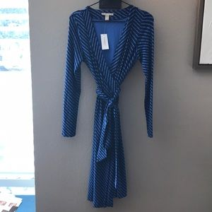 Banana Republic NWT Wrap Dress.  Small. NWT